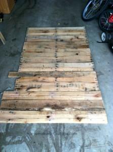 pallets-line-up